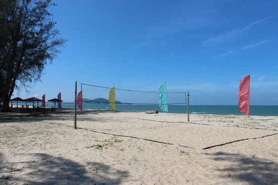 Holiday Villa Beach Resort & Spa Cherating: Cherating beach