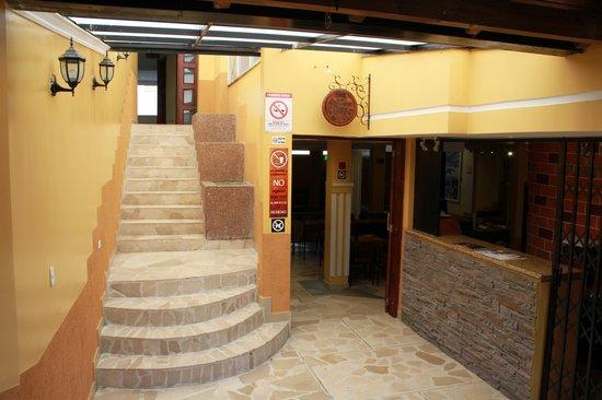 Las Gallinas de Pinllo AbAkÁ Restaurante