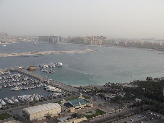Dubai Marriott Harbour Hotel & Suites: Palm Islands View