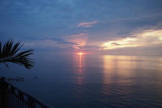 Garza Blanca Preserve, Resort & Spa: Beautiful sunset from balcony