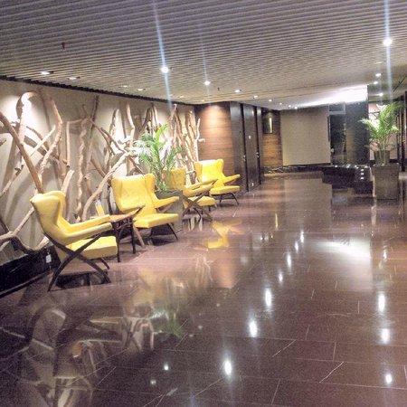 GTower Hotel : lobby