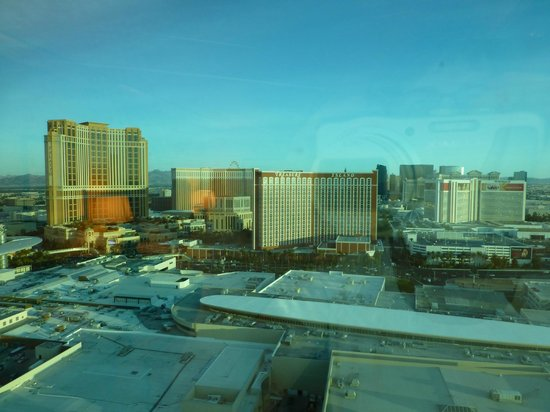Trump International Hotel Las Vegas: View from our room