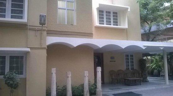 Hanu Reddy Residences,Wallace Garden : Front face