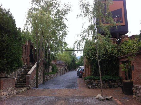 Brickyard Retreat at Mutianyu Great Wall: Entrance to the Brickyard