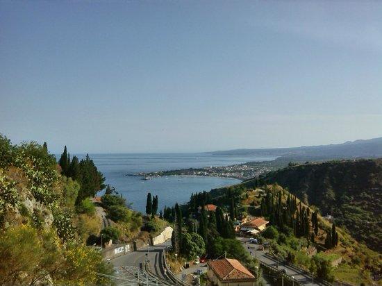 Isoco Guesthouse: uitzicht vanuit het stadje op 10 minuten lopen