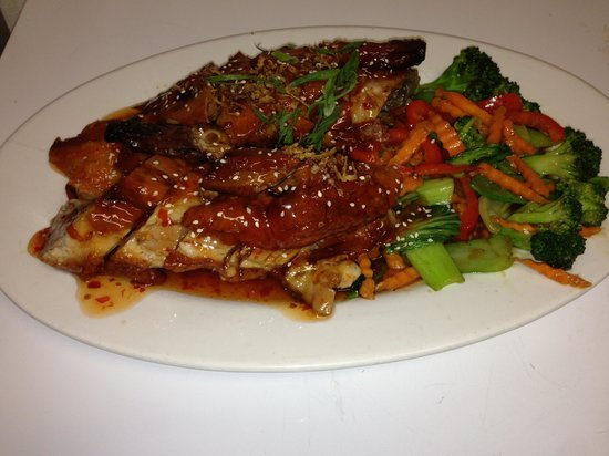 Forster Golf Club: Half roasted duck with stir fry veg and a sweet chilli that sauce