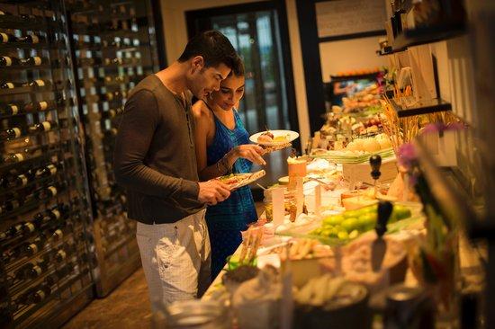 Millennium Hilton Bangkok: Cheese Room
