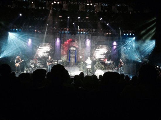 Raiding The Rock Vault: Excellent show!