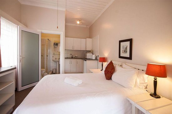 portofino guest house updated 2018 guesthouse reviews price comparison port alfred south. Black Bedroom Furniture Sets. Home Design Ideas