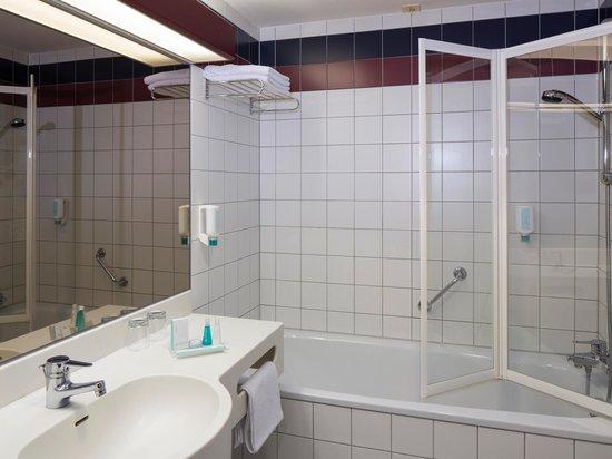 Austria Trend Hotel Lassalle Wien: Bathroom