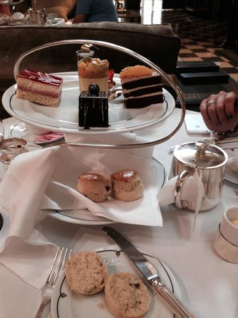 The Palm Court: Scone & cake selection !