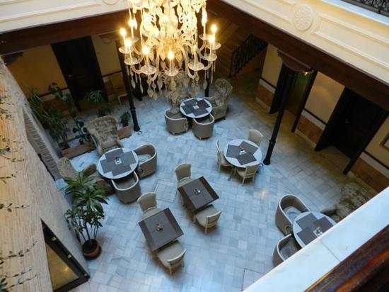 Hotel Casa 1800 Sevilla : Courtyard of Casa 1800