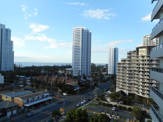 Meriton Serviced Apartments - Broadbeach: Looking down the coast towards New South Wales.