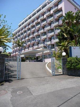 TUI SENSIMAR Savoy Gardens : Hotel Entrance
