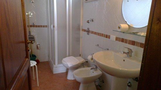 Palazzo Ossuna Residence: Il bagno