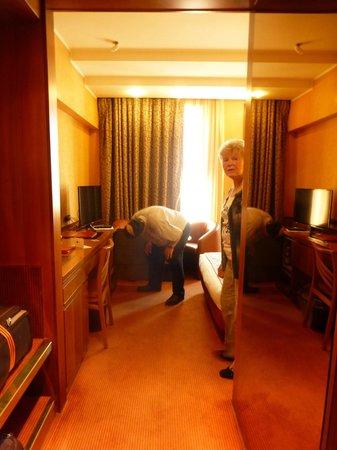 Michelangelo Hotel : Room