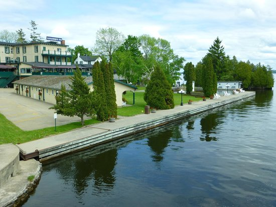 The Gananoque Inn and Spa : vue du jardin