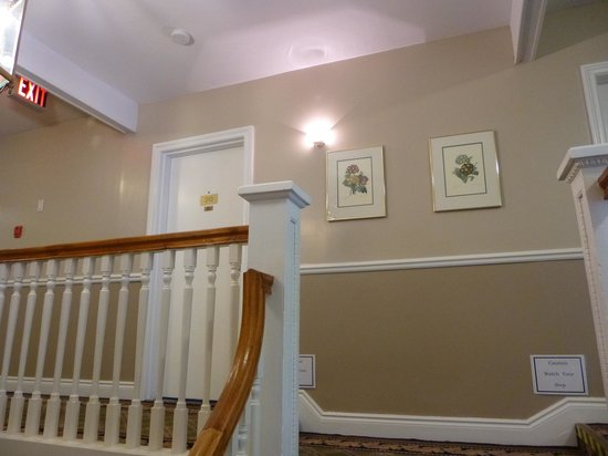 The Gananoque Inn and Spa : escaliers