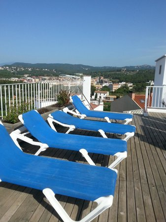 Hotel Ridomar: Decking was clean and their were nice views + a roof top bar