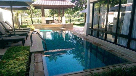 Angsana Villas Resort Phuket: The private pool at the 3 bedroom villa