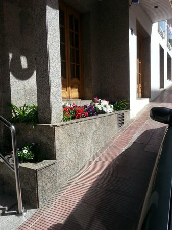 Hotel Ridomar: Front of hotel