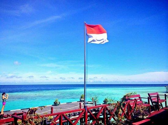 Maratua Paradise Resort: Indonesia should be proud for this little Maldives