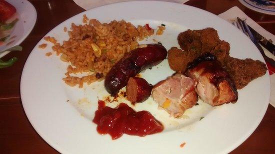 La Villa im Bamberger Haus: Teller mit Beilage und Fleisch