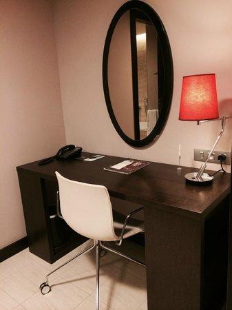 Sheraton Prague Charles Square Hotel: working space