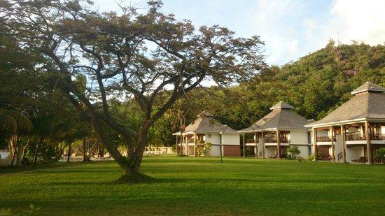 Domaine de La Reserve : giardino/camere