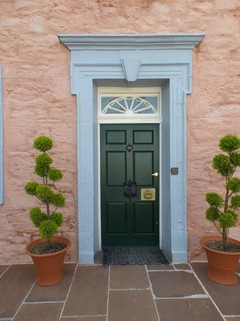 Broughton House & Garden: A simple Georgian House