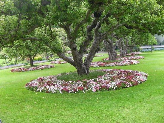 The Butchart Gardens: unique