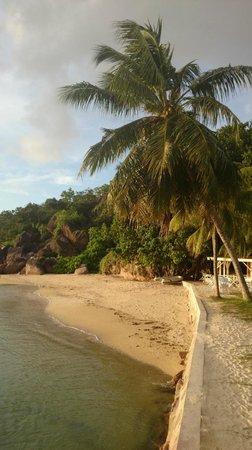 Domaine de La Reserve : spiaggia hotel