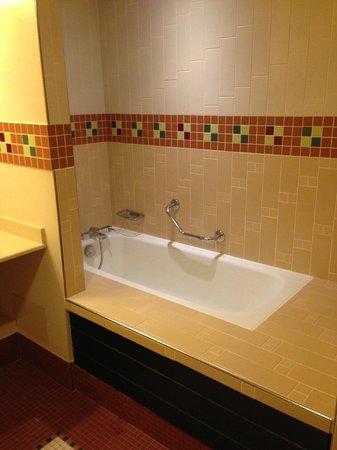 Disney's Sequoia Lodge : Wonderful Bath
