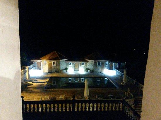 Le Palais des Cerisiers : Vue de nuit