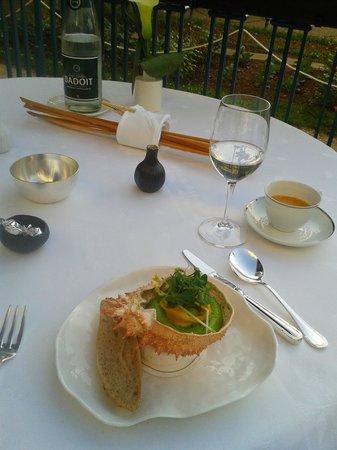 Gordon Ramsay au Trianon: raviolis de tourteau
