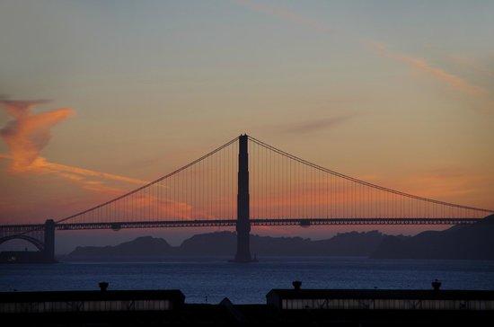HI San Francisco Fisherman's Wharf : Golden Gate Bridge from HI Fisherman's Wharf