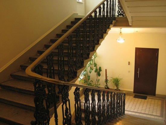 Hotel Anabel on Nevsky 88: Hotel Anabel, Scala, S.Pietroburgo