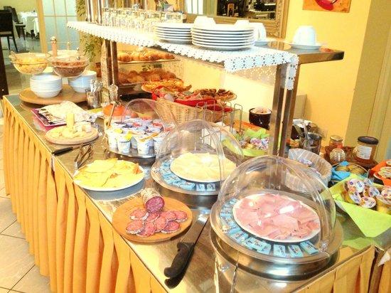 Hotel Villa Cinzia : Prima colazione a buffet