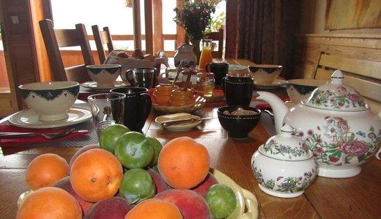 Chalet le Pot de Miel : Petit déjeuner compris