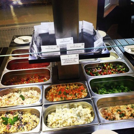 Zaiqa  buffet: Our Salad bar!