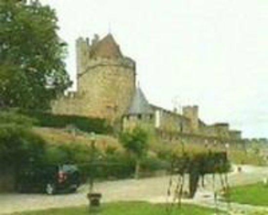 Hotel du Chateau: La Cité de Carcassonne vue de l'hôtel du château