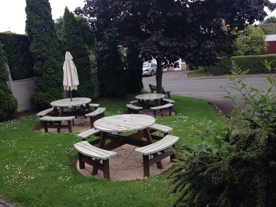 The Dolphin Inn: Front seating area