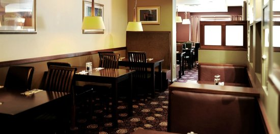 Village Hotel Club Hull: Village Grill