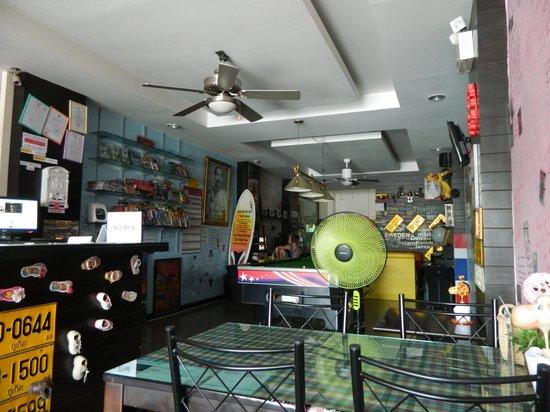 Balcony Hostel: Main lobby