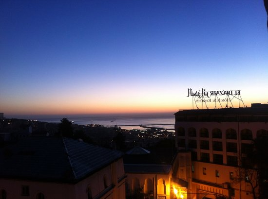 Hotel El-Djazair Ex Saint George: Best sunset view in all Mediterranean
