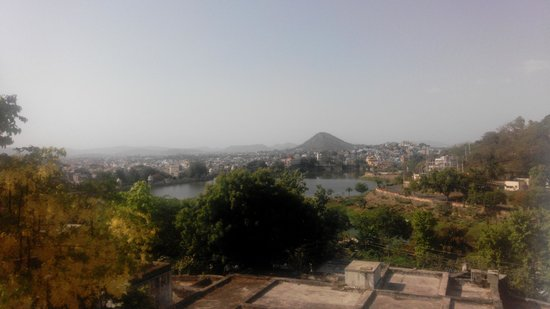 Hotel Anand Bhawan: View of Lack Pichola from Balcony