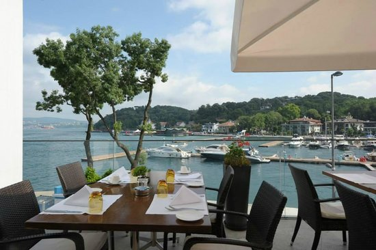 The Grand Tarabya: La terrazza