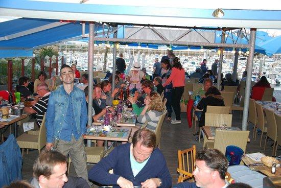 QUAI 17 : restaurant plein comme d'habitude