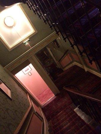 Belle Isle sur Risle: Les escaliers