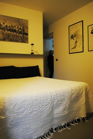 Bed and Breakfast Il Giardino Di San Paolo : Bedroom Suite Luca